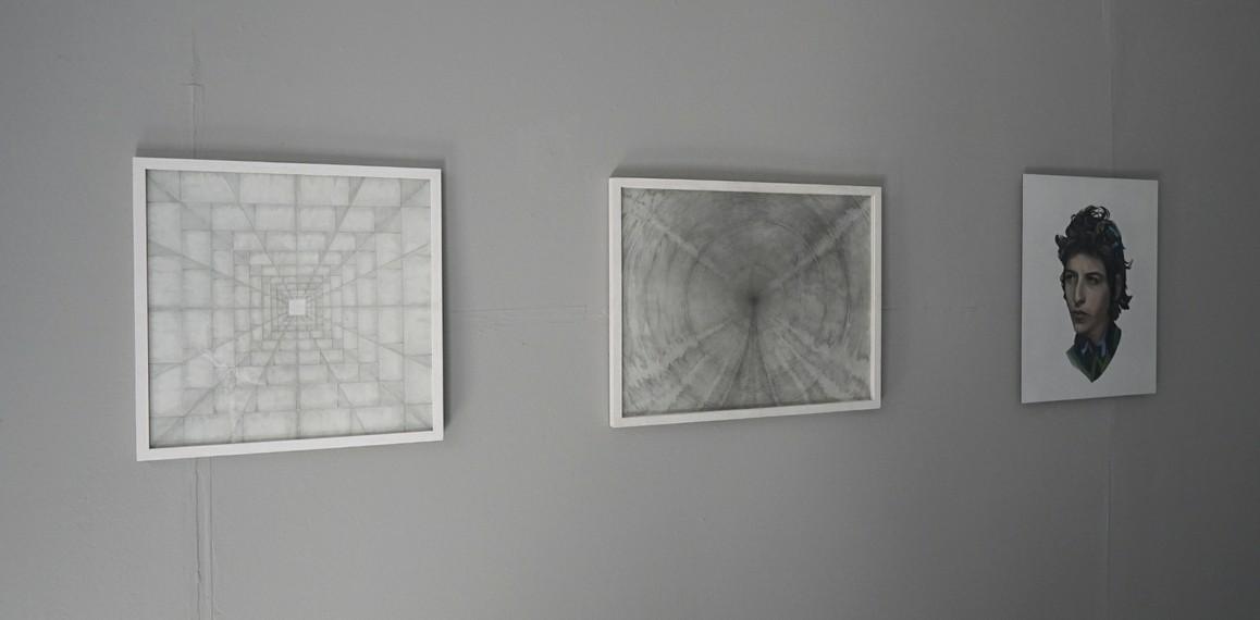 Jochen Damian Fischer / o.T. 2016, Bleistift auf Papier, 50 x 50 cm / o.T. 2016, Bleistift auf Papier, 50 x 65 cm