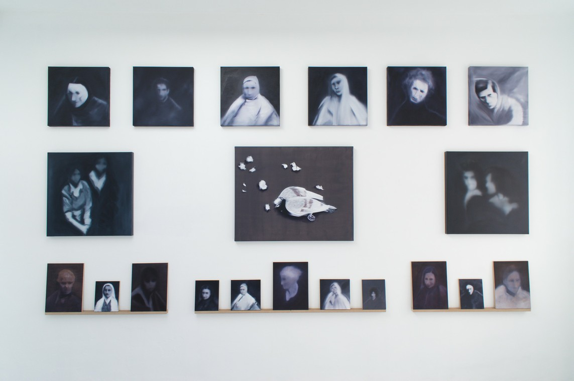 »Rom-Portraits« Öl auf Leinwand/MDF, div. Größen 2016 / »Taube« Öl auf Leinwand, 80 x 100 cm, 2017
