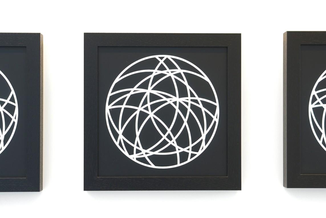 Penetration des Kreises, 2011, Serie von sechs Leuchtkästen, je 35 x 35 cm