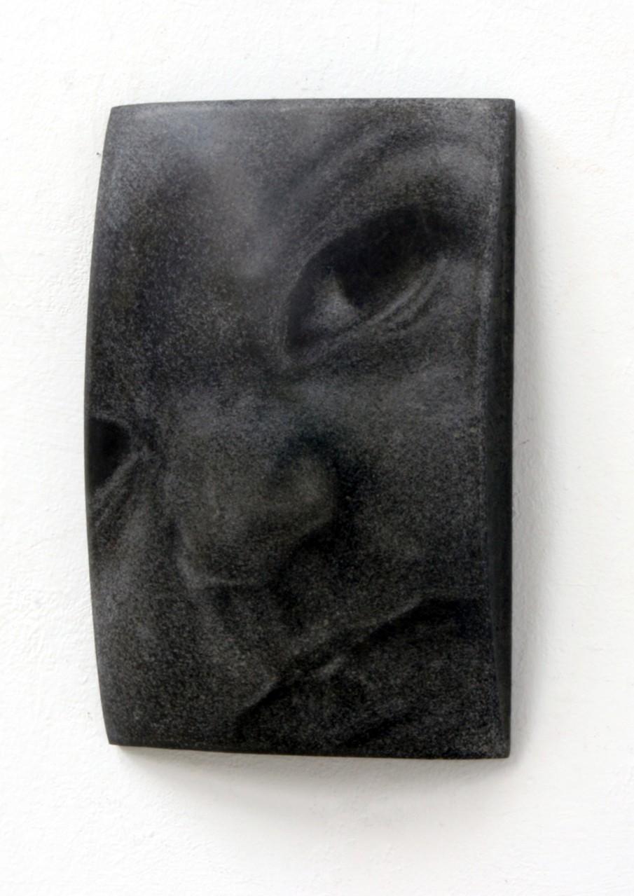 """Helena"", Beton / Gravur, 36 x 24 x 9 cm, 2010"